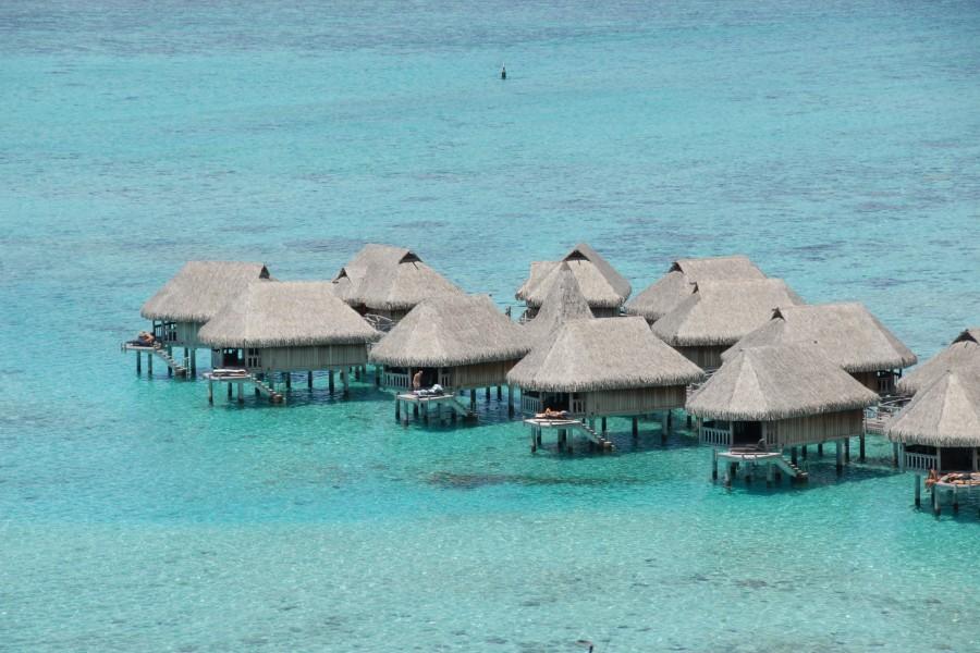 Moorea-overwater-bungalows-1800x1200