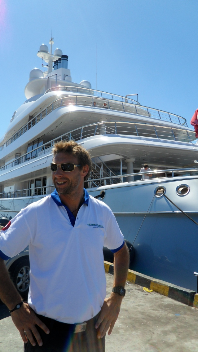 Richard Lofthounse on 'Mayan Queen' Bali Dock